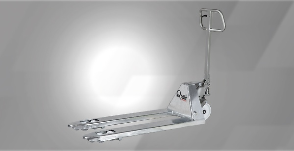 The stainless steel series, available in a several number of models, is the ideal tool to handle loads in humid and damp conditions. It is suitable for environments where high hygienic standards are enforced, such as the chemical, pharmaceutical or food & beverage industry